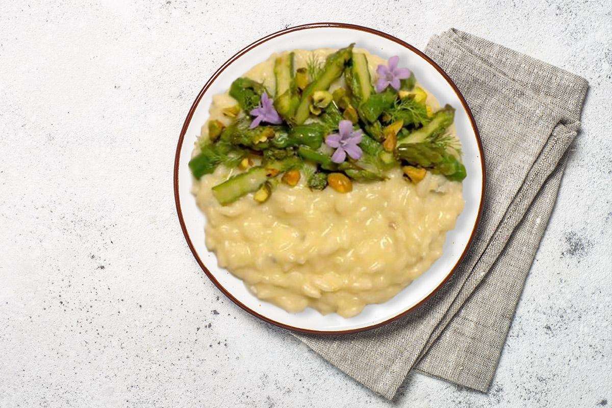 Risotto con crema di asparagi freschi e Paltufa