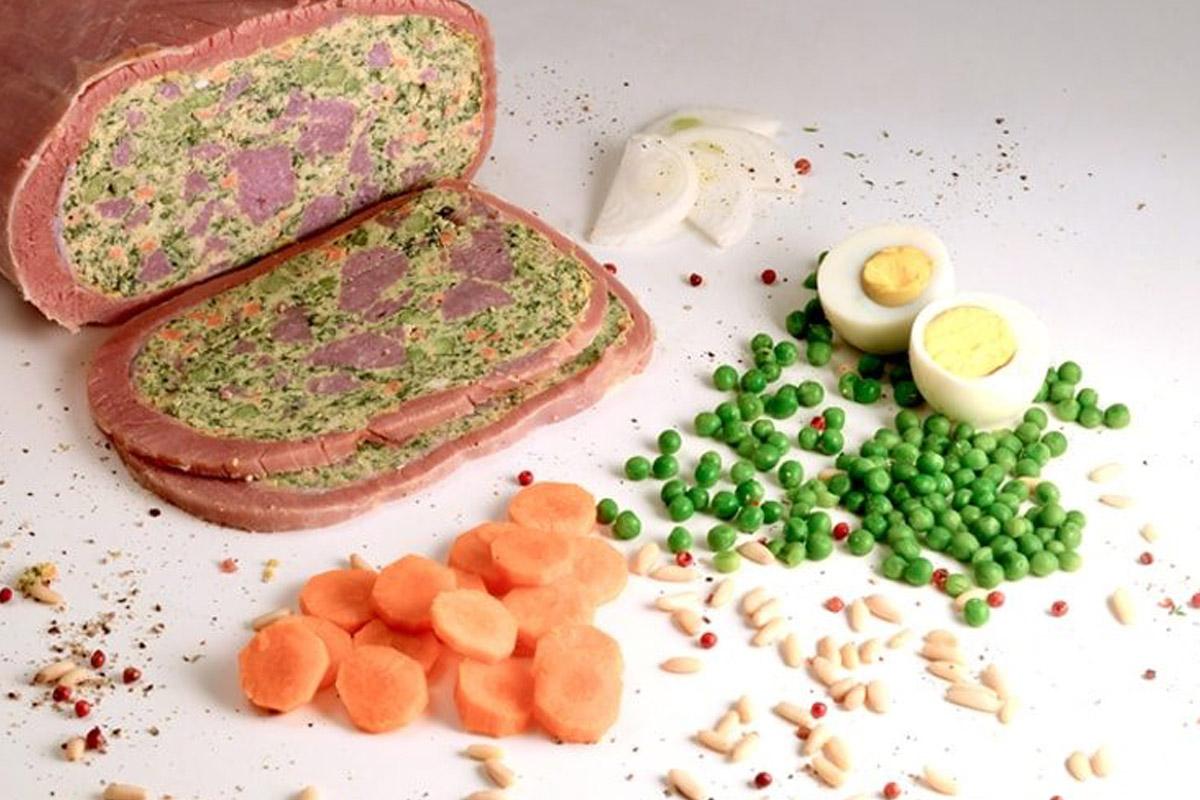 Cima ligure con piselli e carote